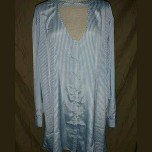 NWOT Embossed Lane Bryant 22 24 Button Down Tunic